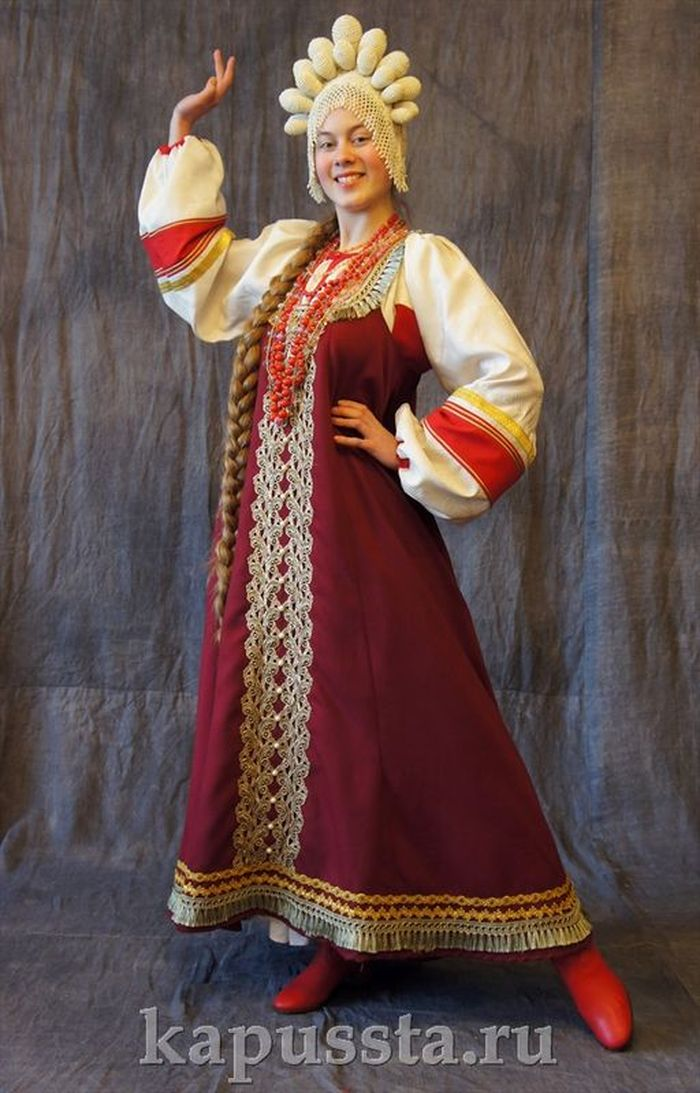 Red dress with kokoshnik